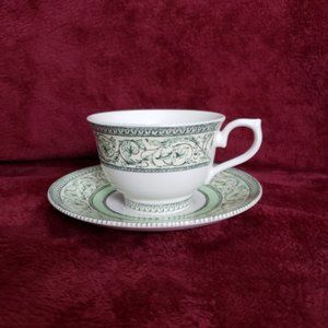 Other - 5 VINTAGE APPLEBEE COLLECTION CUPS & SAUCERS
